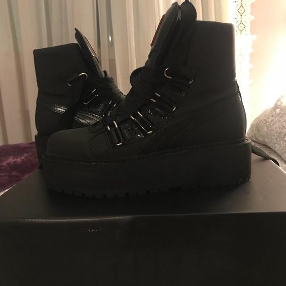 low priced ed4d8 b36cd Puma x fenty sneaker boots NWT